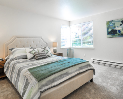 Bedroom - Starboard Apartments, Juanita Beach, Kirkland, Washington 98034