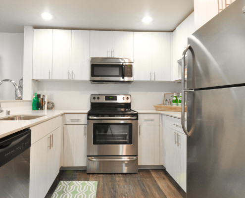 Kitchen - Starboard Apartments, Juanita Beach, Kirkland, Washington 98034