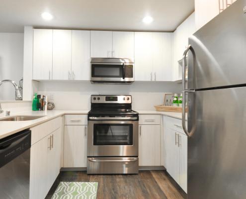 Kitchen - Starboard Apartments, Juanita Beach, Kirkland, Washington 98034