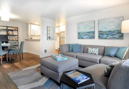 Living Room - Starboard Apartments, Juanita Beach, Kirkland, Washington 98034